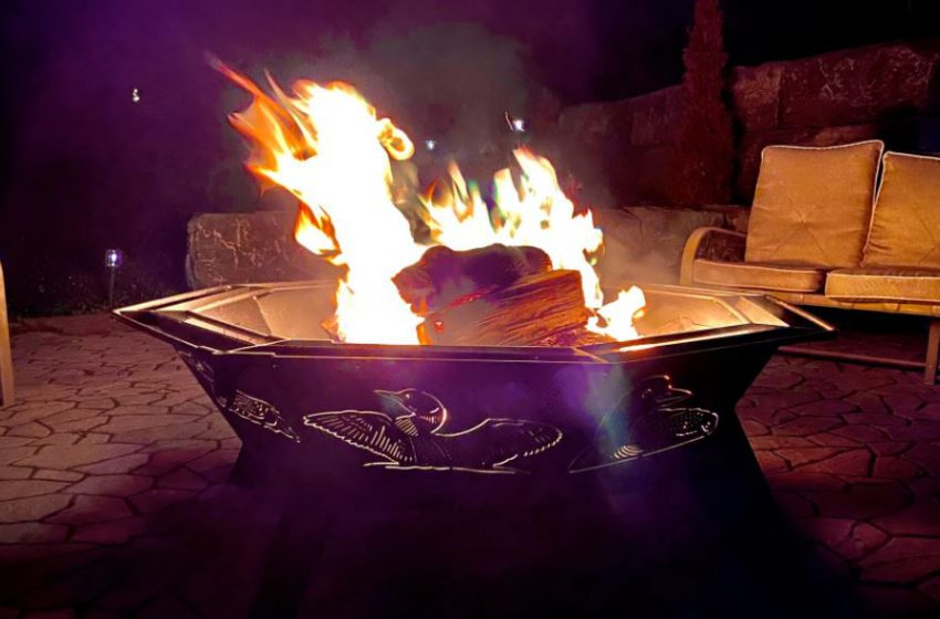 Top 5 Reasons why an Outdoor Fire Pit Adds to the Ambiance and Excellence of an Outdoor Area